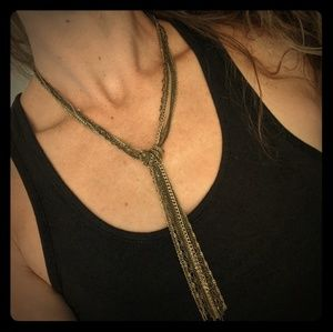 Bow tie chain necklace